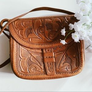 Vtg 70s Hand Tooled Leather Guatemalan Crossbody